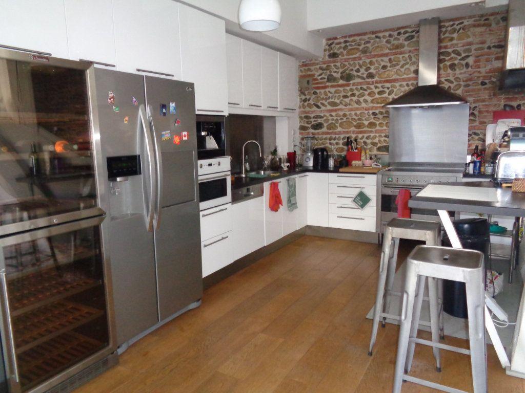 Appartement à vendre 7 230m2 à Toulouse vignette-4
