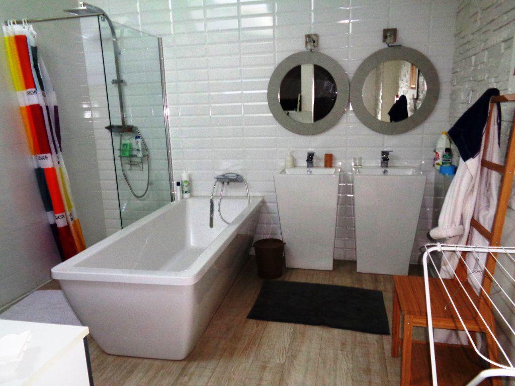 Appartement à vendre 7 230m2 à Toulouse vignette-7