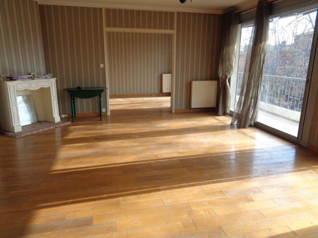 Appartement à vendre 4 106m2 à Toulouse vignette-3