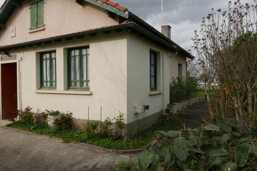 Maison à vendre 4 129m2 à Toulouse vignette-2