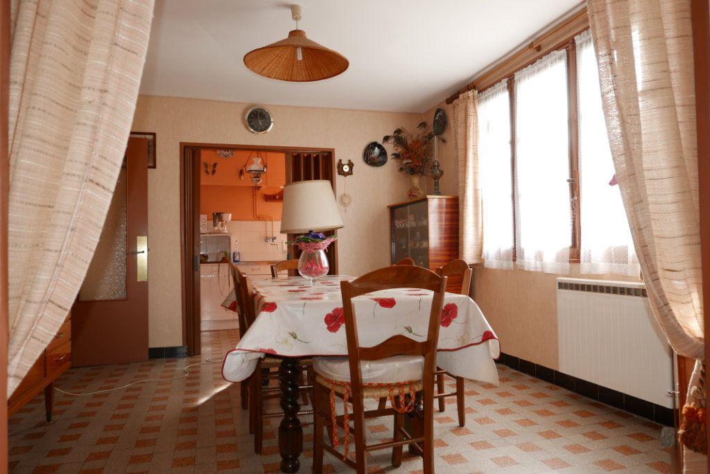 Maison à vendre 4 129m2 à Toulouse vignette-4