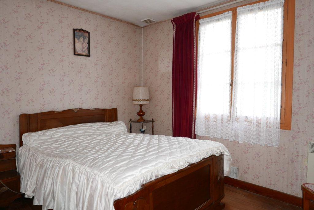Maison à vendre 4 129m2 à Toulouse vignette-7