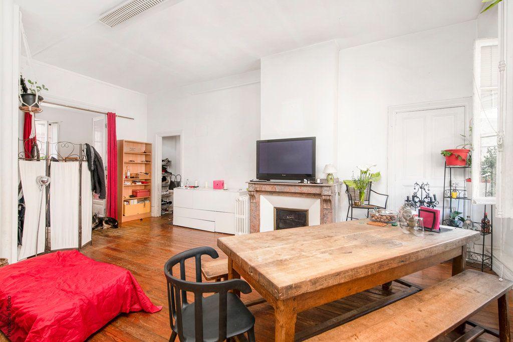 Appartement à vendre 5 139m2 à Toulouse vignette-2