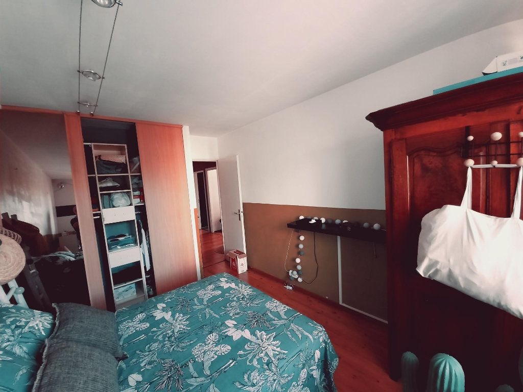 Appartement à vendre 4 81.9m2 à Toulouse vignette-3