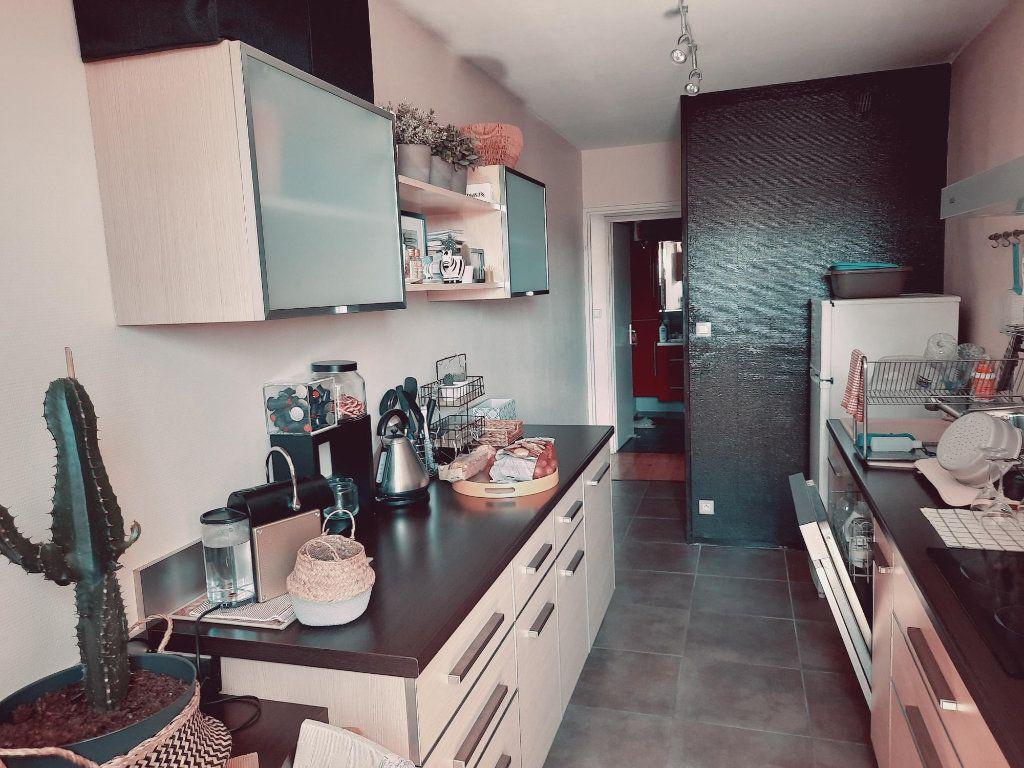 Appartement à vendre 4 81.9m2 à Toulouse vignette-4