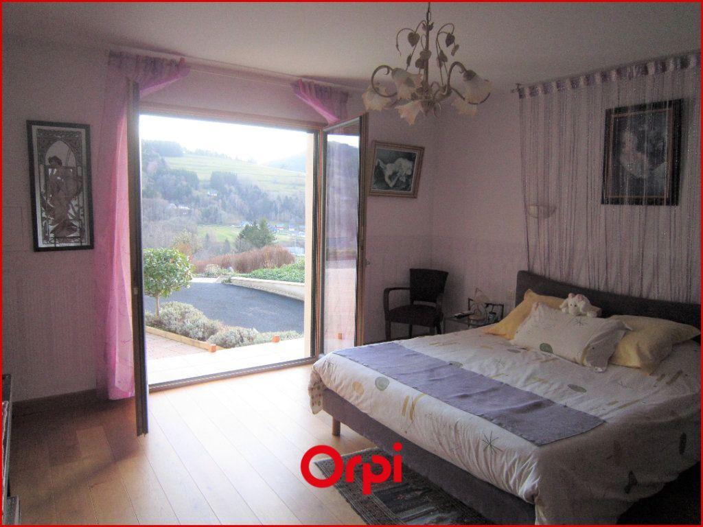 Maison à vendre 7 268m2 à Murat-le-Quaire vignette-6