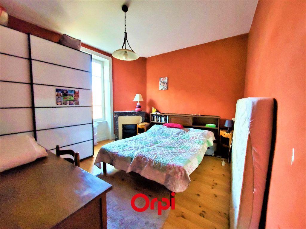 Maison à vendre 7 183m2 à Aubière vignette-6