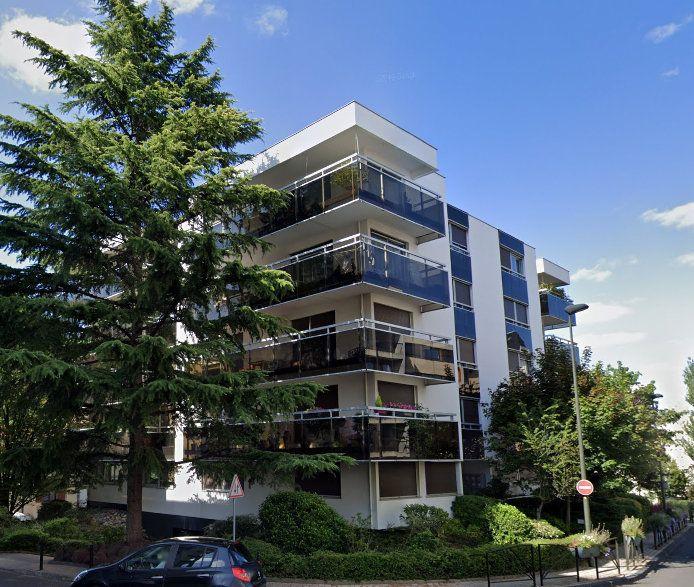 Appartement à louer 3 62.68m2 à Chamalières vignette-2