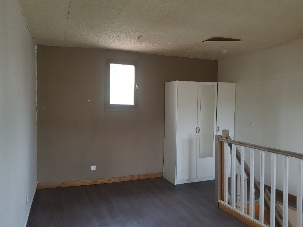 Appartement à louer 2 39.6m2 à Aubière vignette-3
