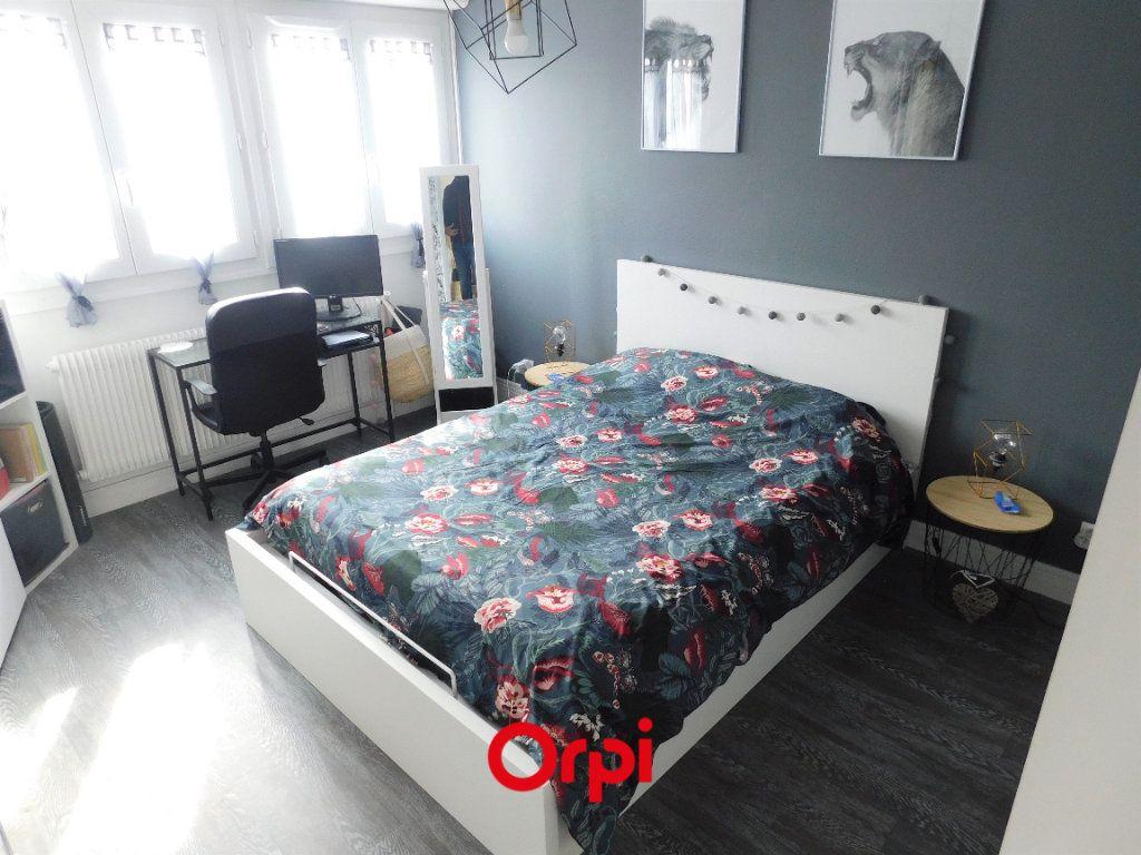 Appartement à louer 2 45.43m2 à Clermont-Ferrand vignette-3