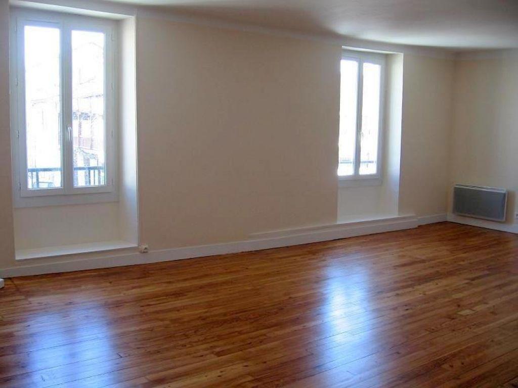 Appartement à louer 4 100m2 à Pomarez vignette-2