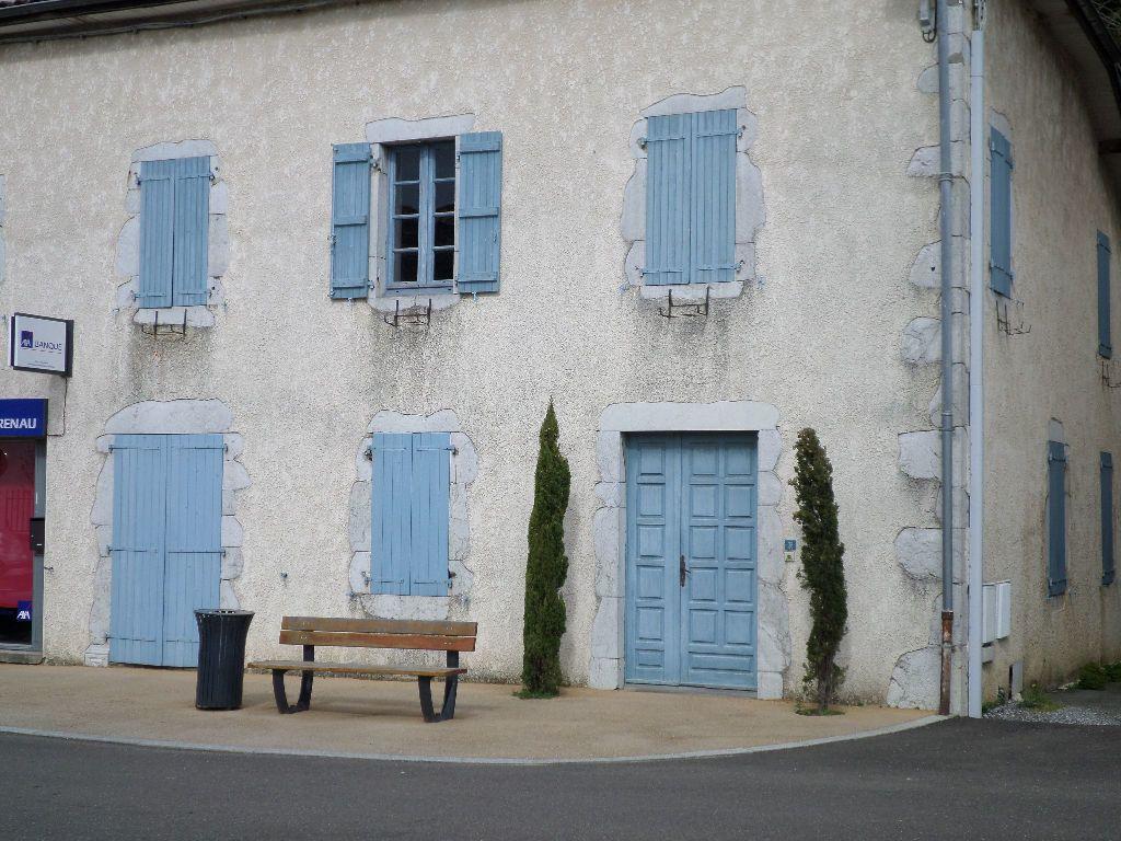 Maison à louer 6 150m2 à Pomarez vignette-1
