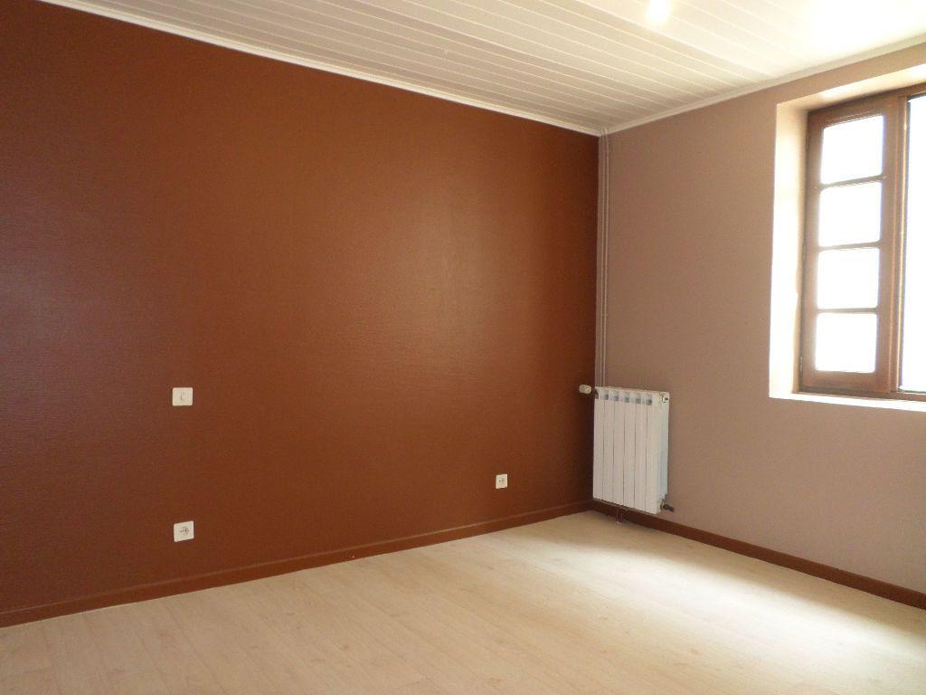 Maison à louer 6 150m2 à Pomarez vignette-5