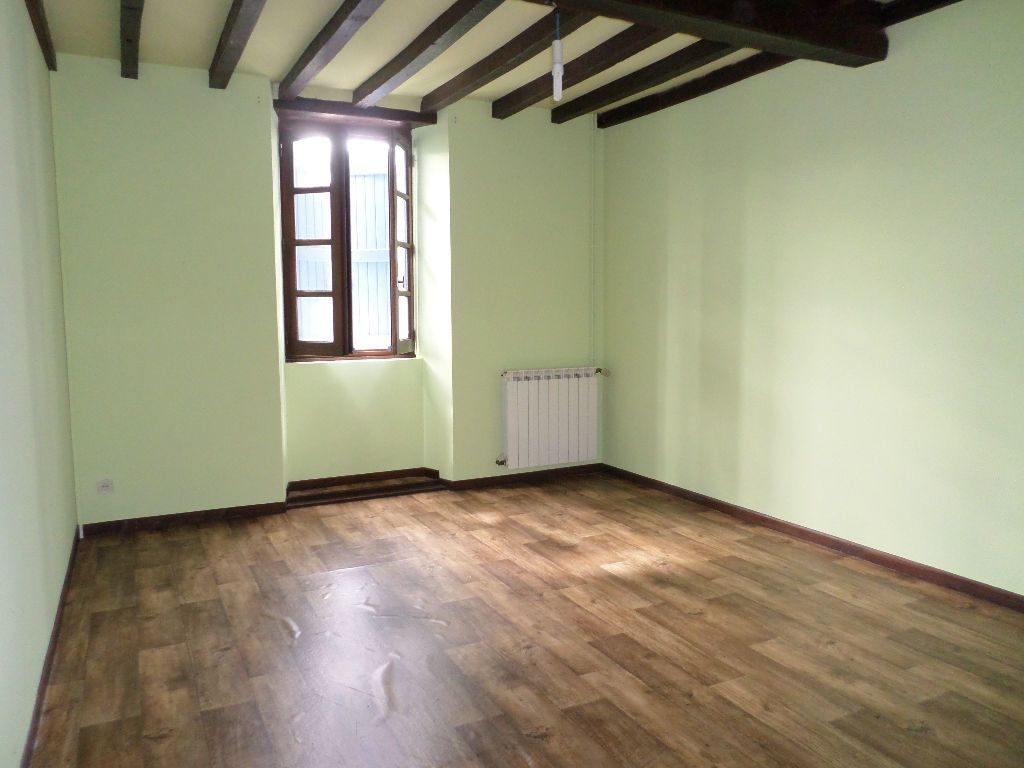 Maison à louer 6 150m2 à Pomarez vignette-6