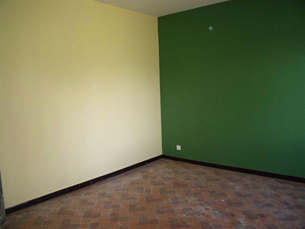 Maison à louer 3 69m2 à Pomarez vignette-2