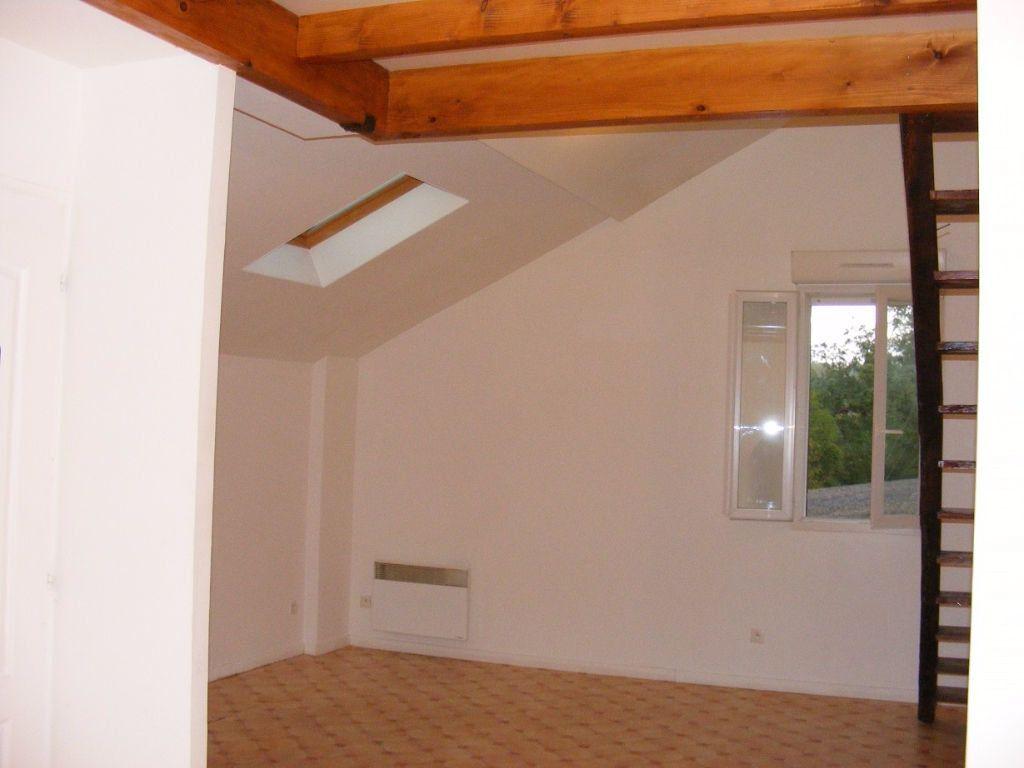 Appartement à louer 1 38m2 à Amou vignette-3