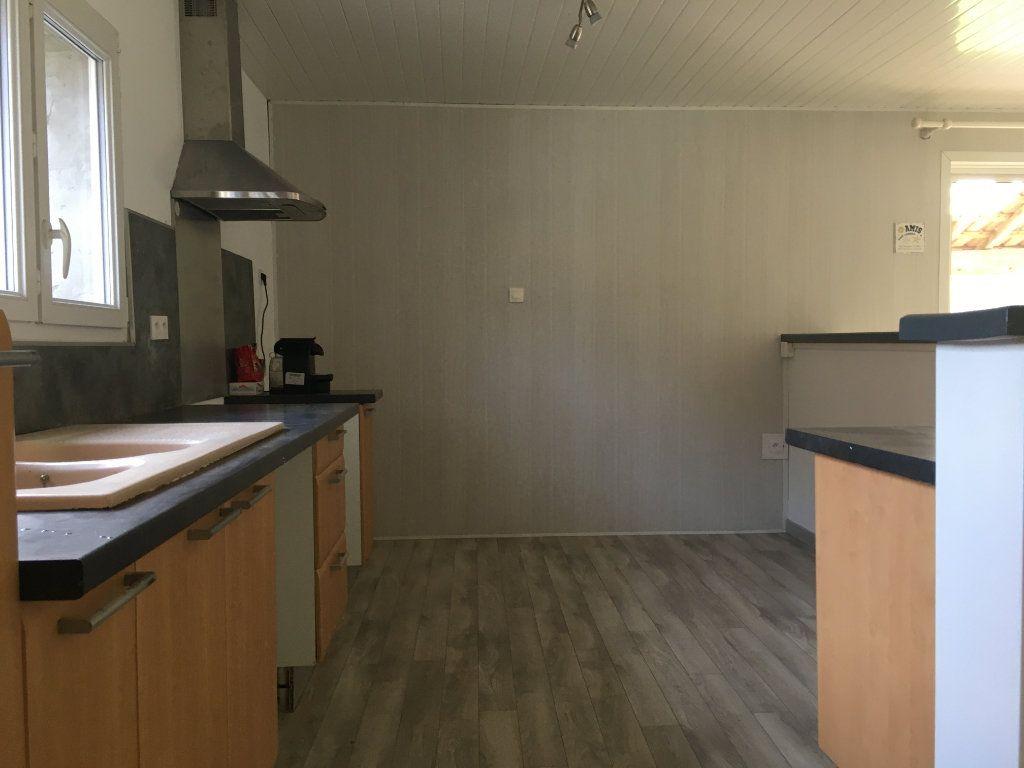 Appartement à louer 3 88m2 à Amou vignette-4