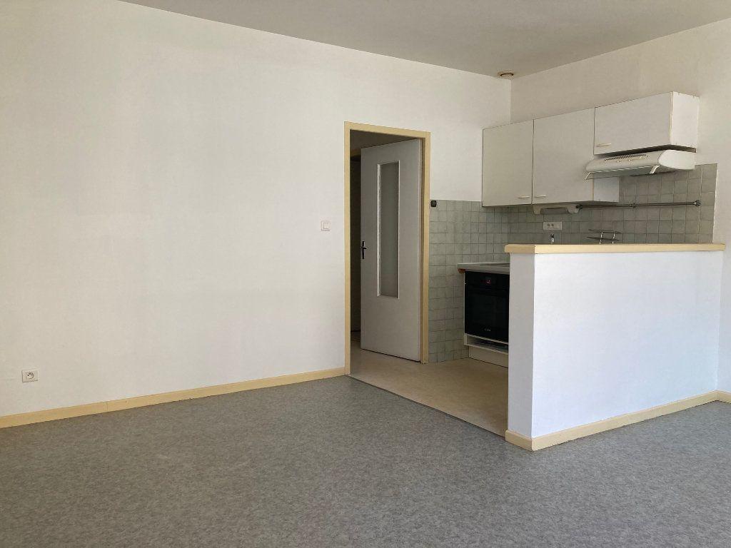 Appartement à louer 2 47.31m2 à Pomarez vignette-3