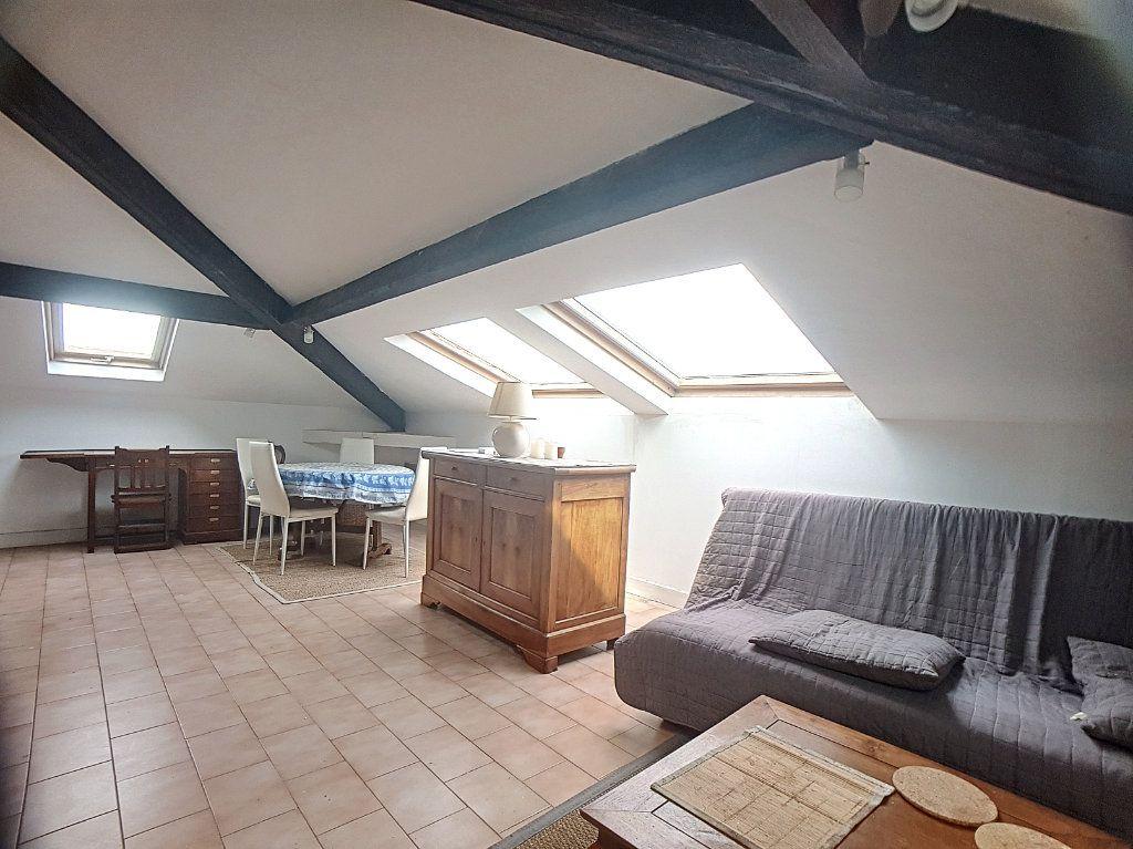 Appartement à louer 2 56.9m2 à Antibes vignette-2