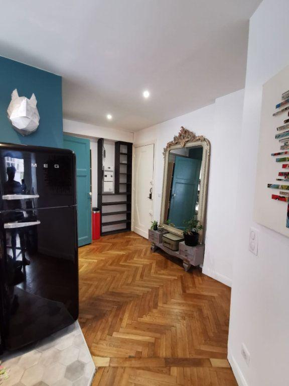 Appartement à louer 2 40m2 à Juan-les-Pins - Antibes vignette-5