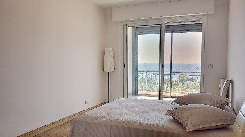 Appartement à louer 3 78m2 à Villefranche-sur-Mer vignette-7