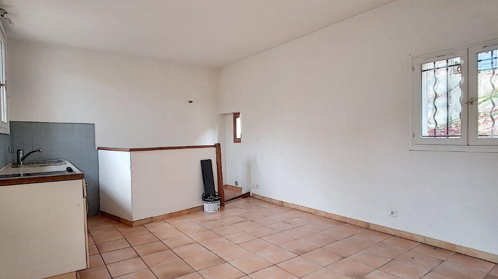 Appartement à louer 2 34.85m2 à Antibes vignette-6