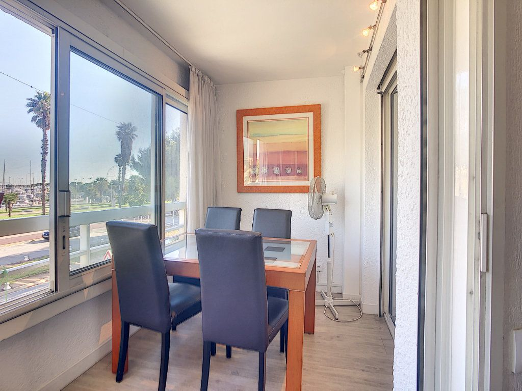 Appartement à vendre 2 45m2 à Antibes vignette-2