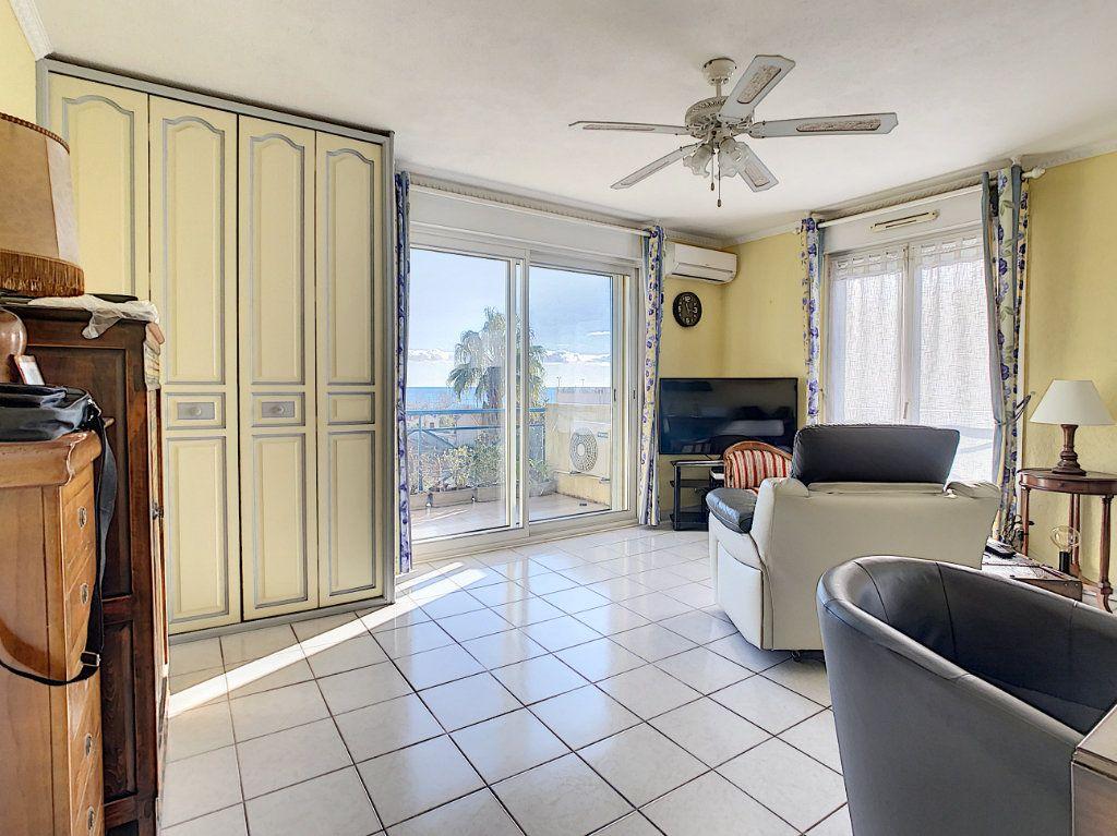 Appartement à vendre 2 41m2 à Antibes vignette-4