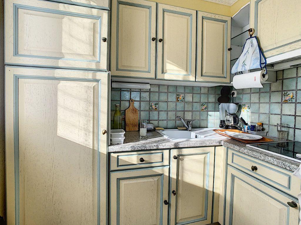 Appartement à vendre 2 41m2 à Antibes vignette-5