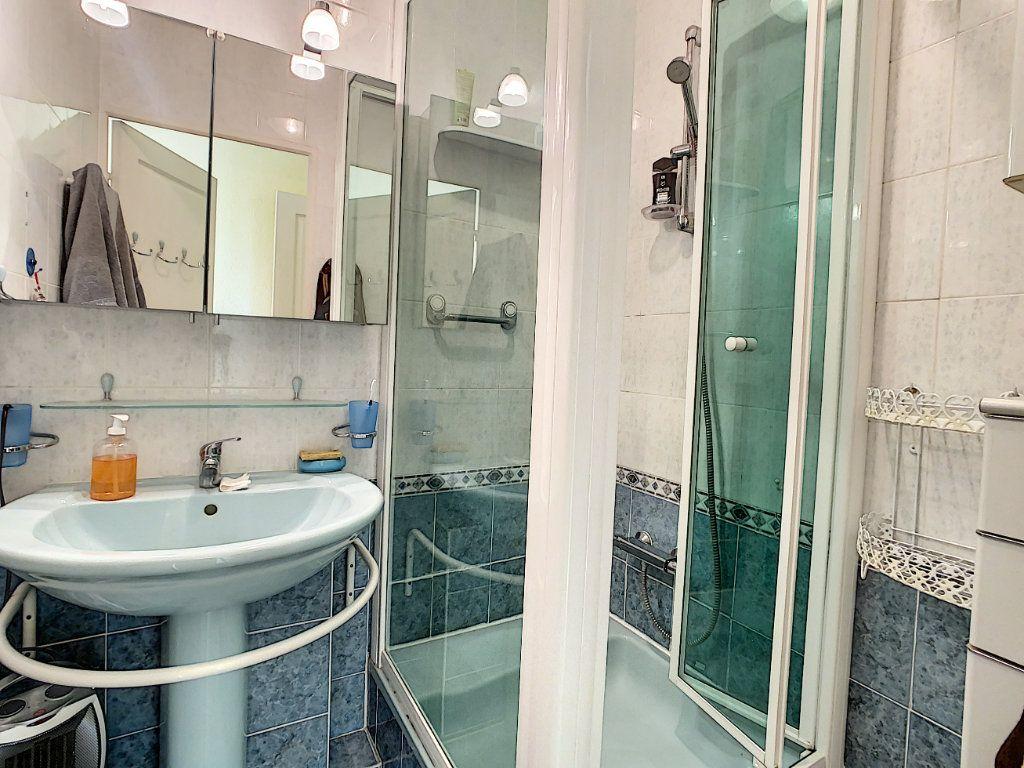 Appartement à vendre 2 41m2 à Antibes vignette-7