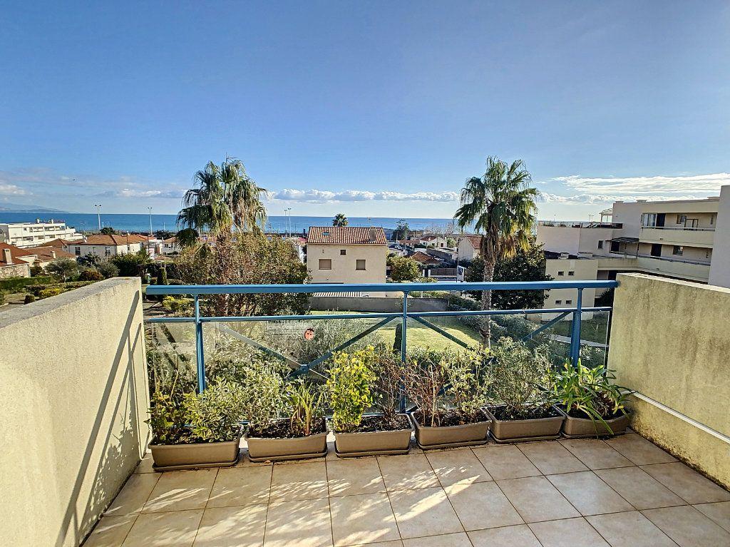 Appartement à vendre 2 41m2 à Antibes vignette-9