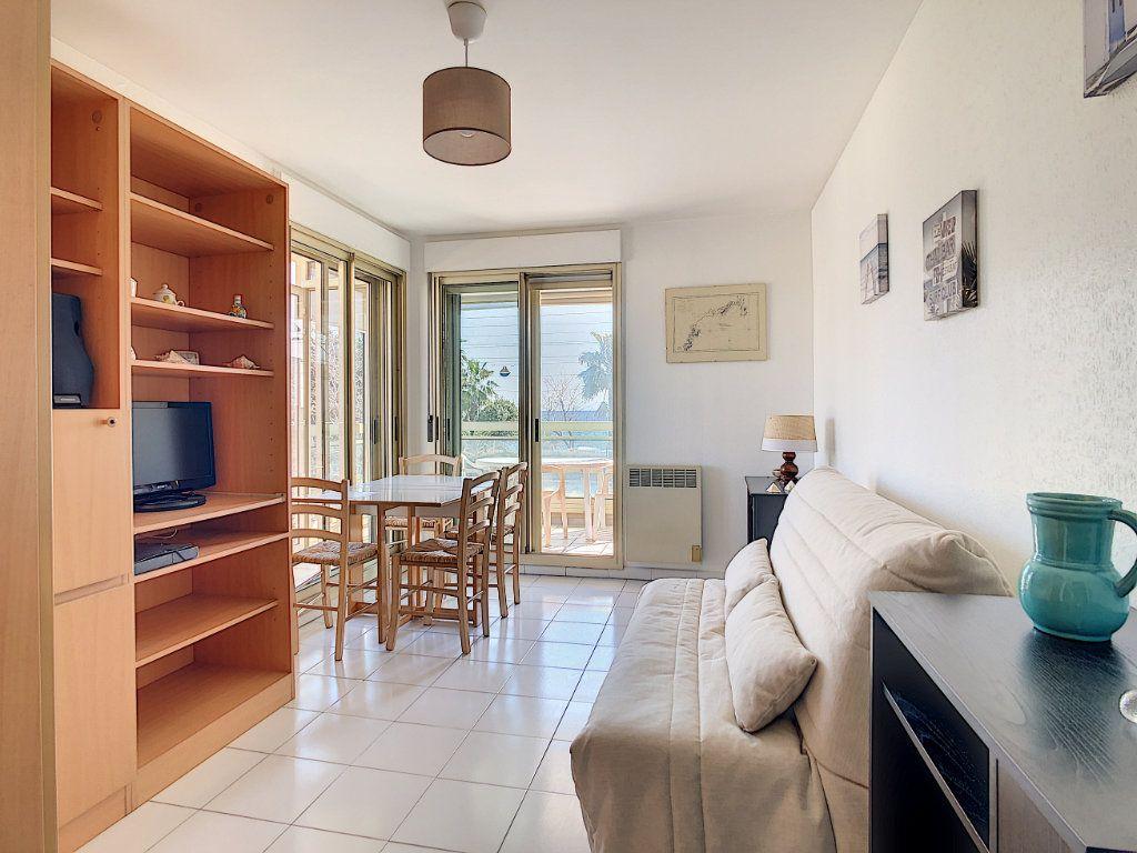 Appartement à vendre 3 45.23m2 à Antibes vignette-1