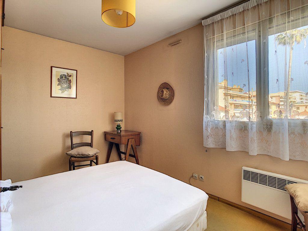 Appartement à vendre 3 45.23m2 à Antibes vignette-5