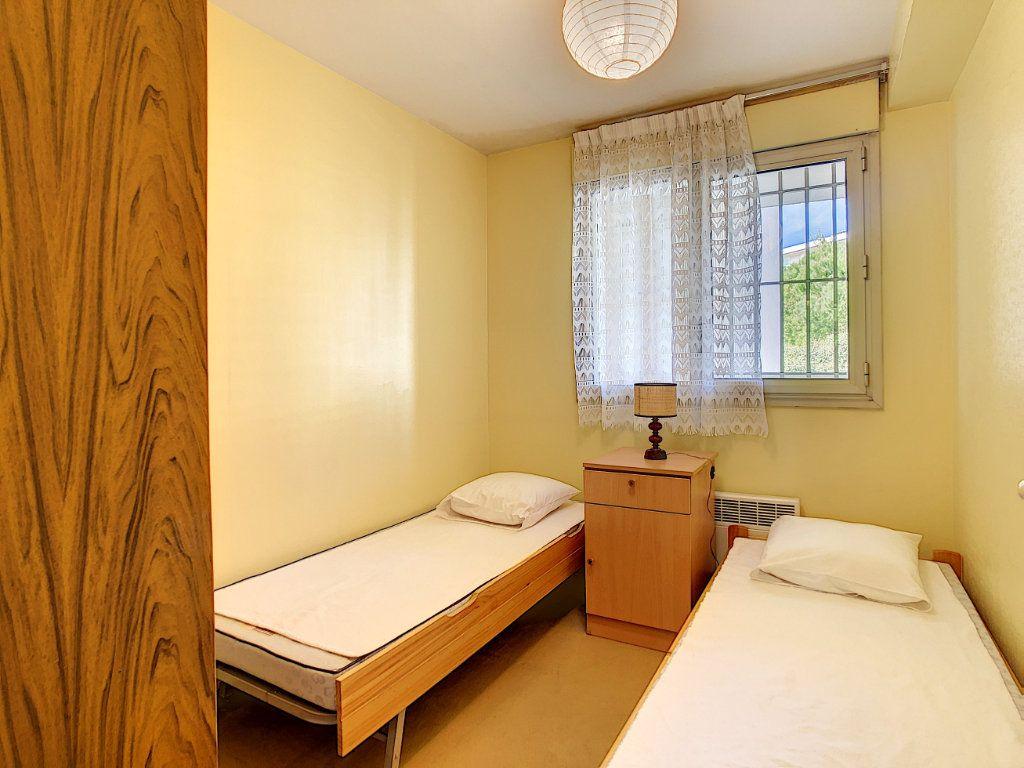 Appartement à vendre 3 45.23m2 à Antibes vignette-6
