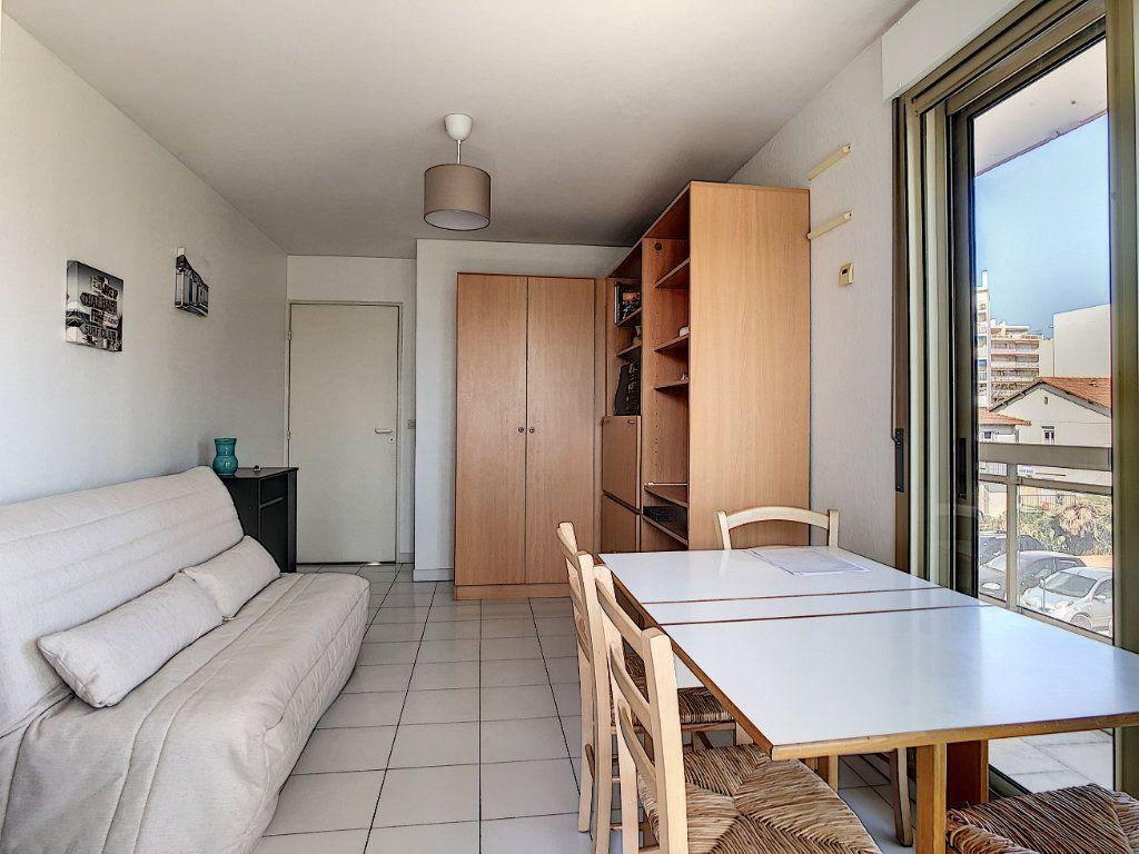 Appartement à vendre 3 45.23m2 à Antibes vignette-7