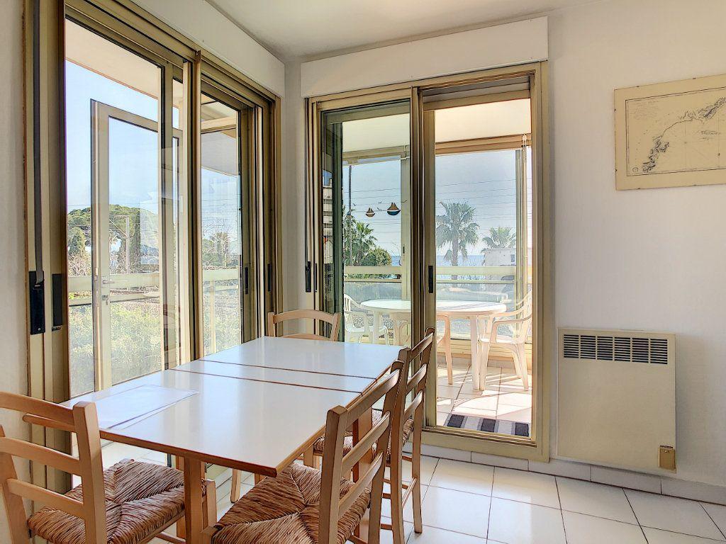 Appartement à vendre 3 45.23m2 à Antibes vignette-8