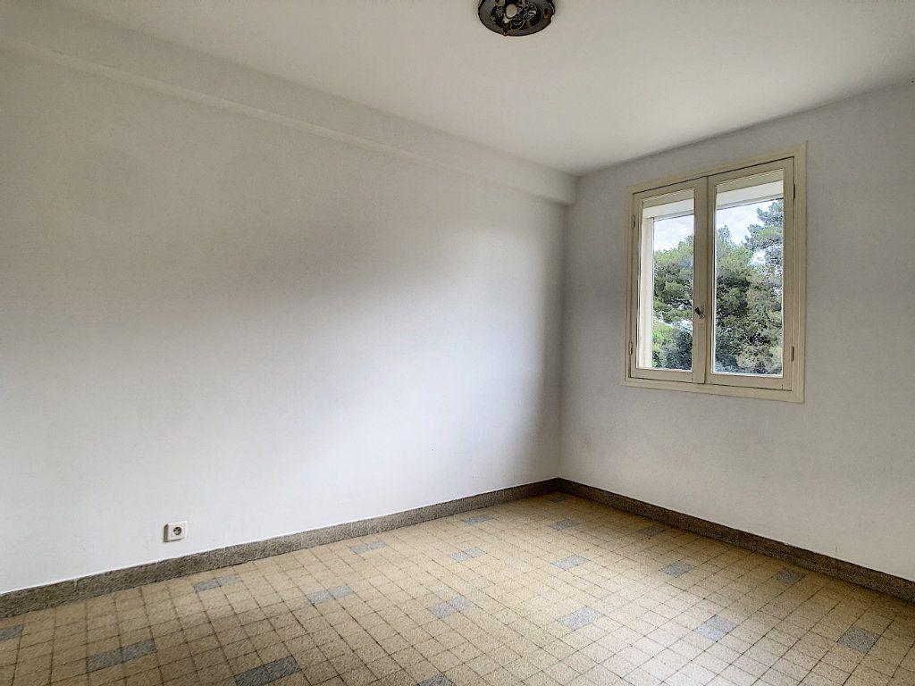 Appartement à louer 3 56m2 à Antibes vignette-7