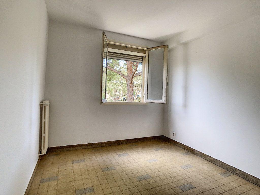 Appartement à louer 3 56m2 à Antibes vignette-10