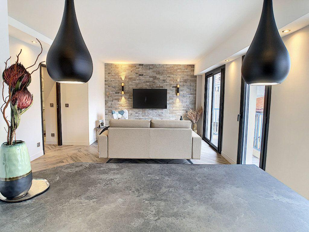 Appartement à vendre 4 77m2 à Antibes vignette-4