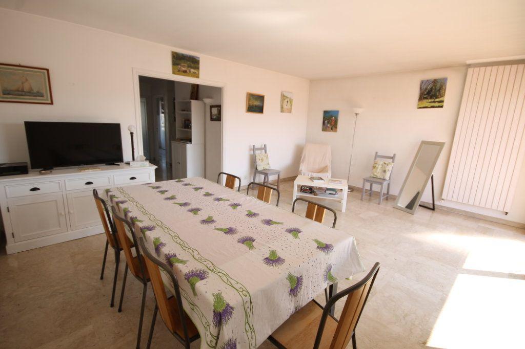 Appartement à vendre 3 74.13m2 à Cannes vignette-5