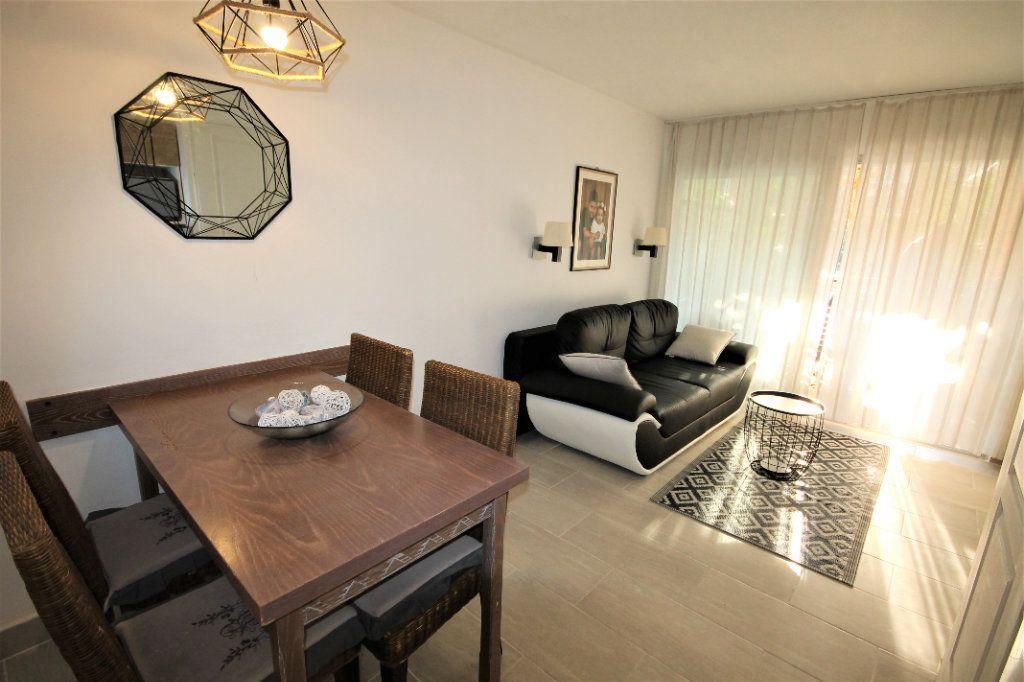 Appartement à vendre 2 28.04m2 à Cannes vignette-1