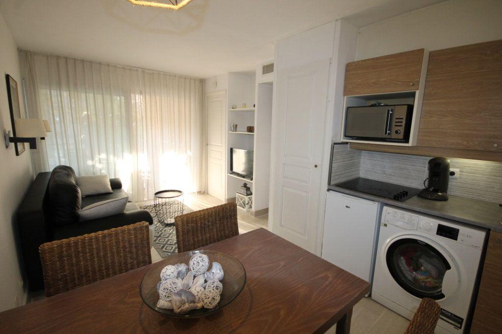 Appartement à vendre 2 28.04m2 à Cannes vignette-3