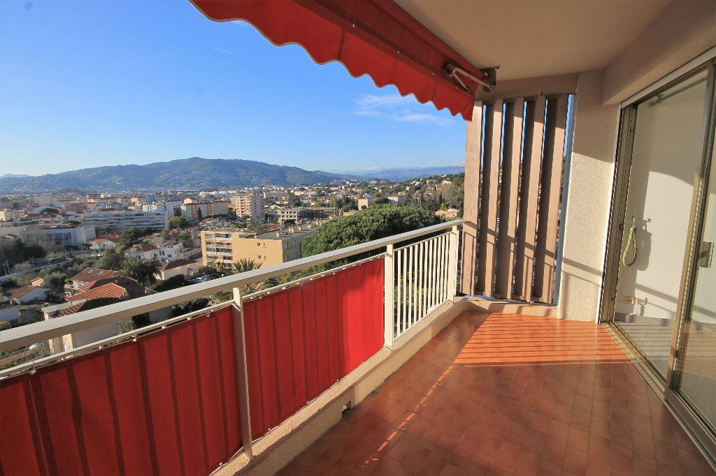 Appartement à vendre 2 51.48m2 à Cannes vignette-3