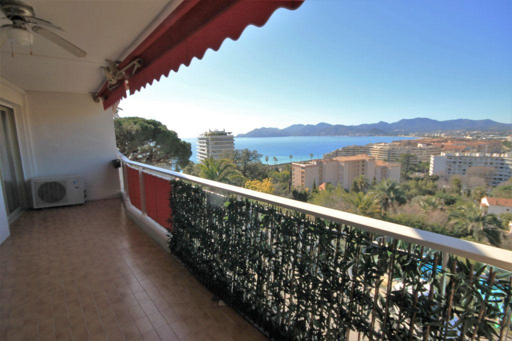 Appartement à vendre 2 51.61m2 à Cannes vignette-4
