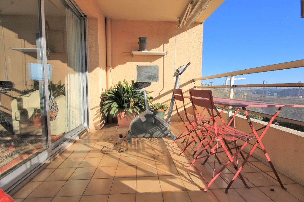 Appartement à vendre 3 85.5m2 à Cannes vignette-1