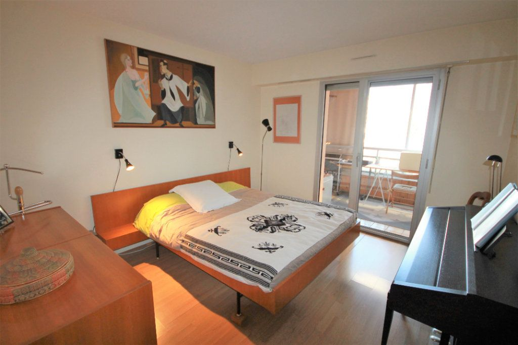 Appartement à vendre 3 85.5m2 à Cannes vignette-5