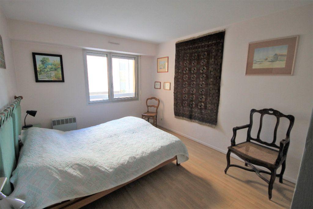 Appartement à vendre 3 85.5m2 à Cannes vignette-6