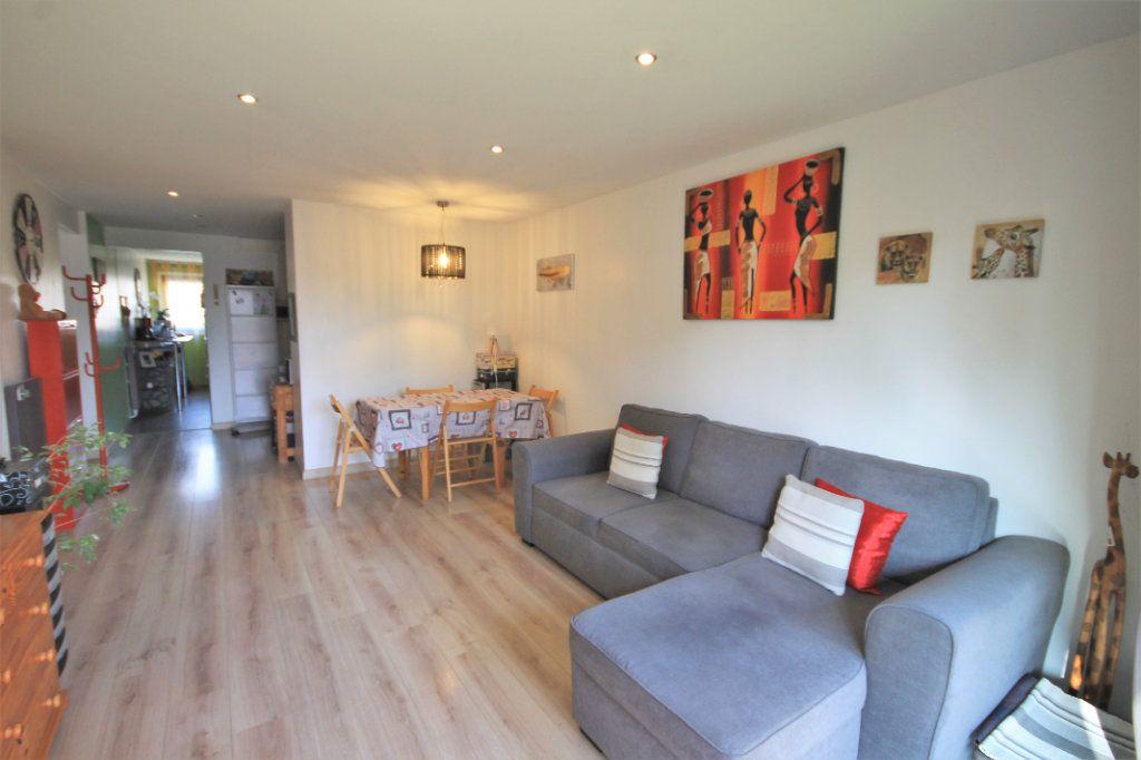 Appartement à vendre 3 61m2 à Le Cannet vignette-2
