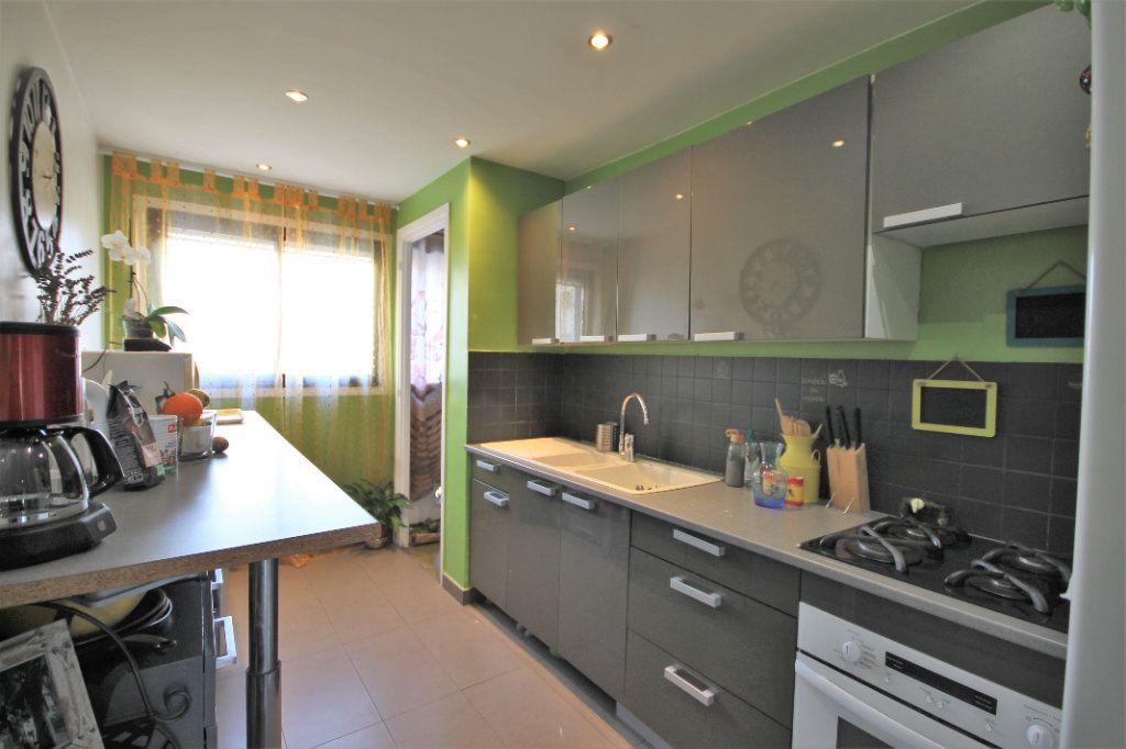Appartement à vendre 3 61m2 à Le Cannet vignette-4