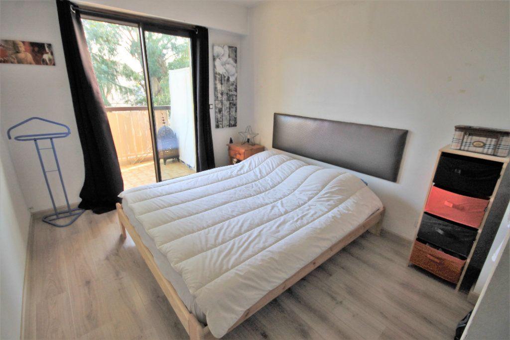 Appartement à vendre 3 61m2 à Le Cannet vignette-5